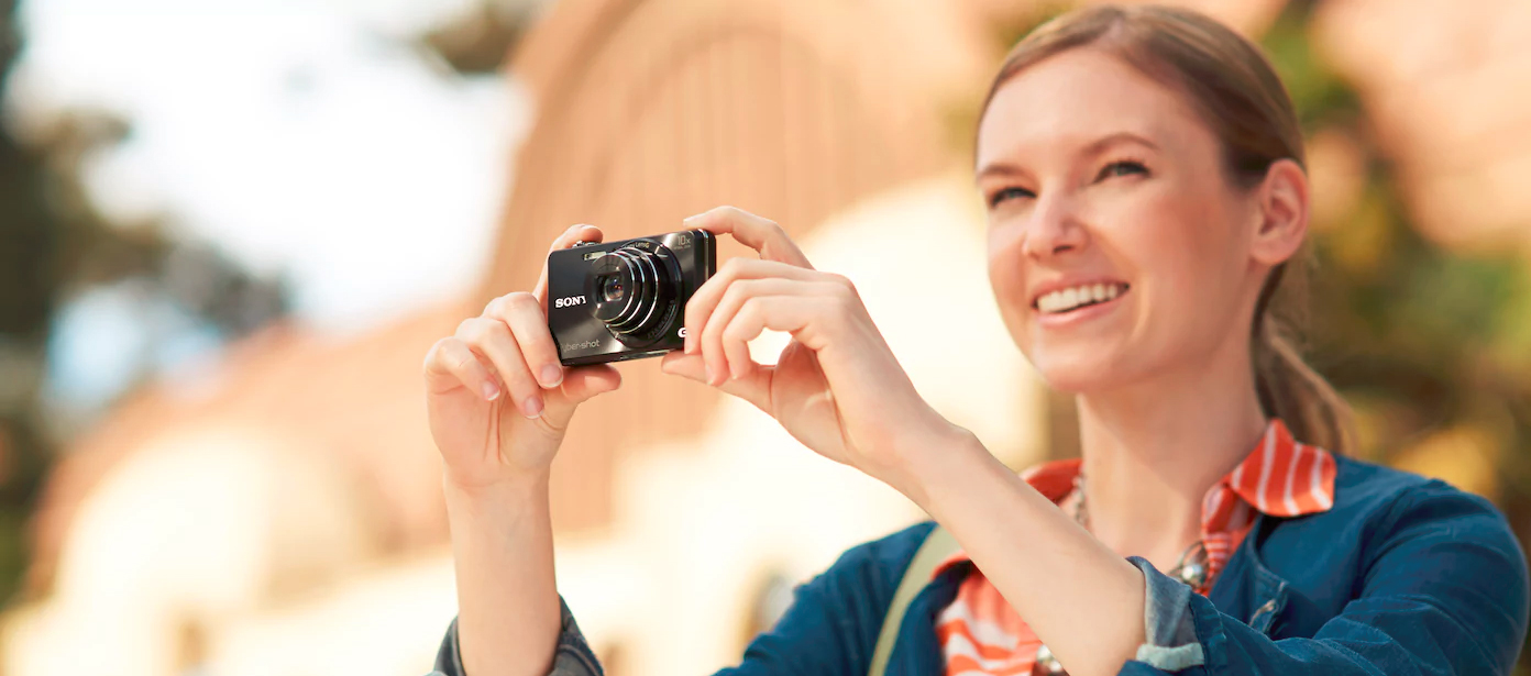 DSCWX220 SONY DSC-WX220 18,2 MP, 10x zoom, 2,7